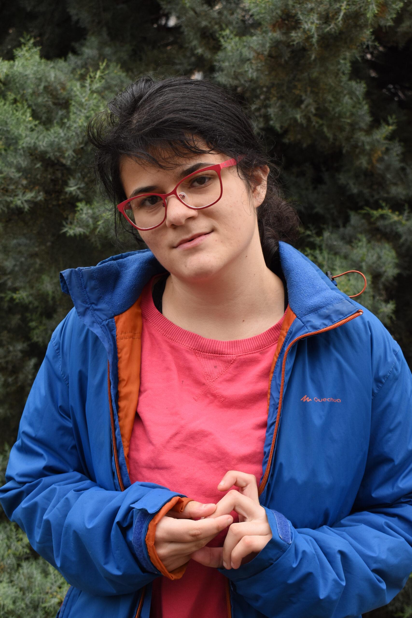MONIA (21) Voli pisati, čitati, šetati. Voli pingvine i bubamare.